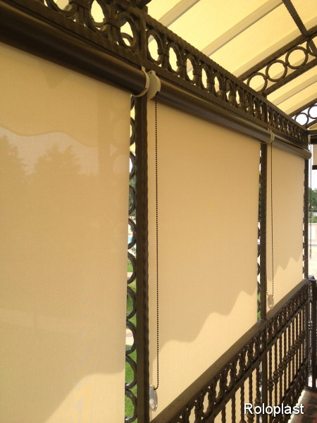 Screen exterior roller blinds for Exterior no chain window shade